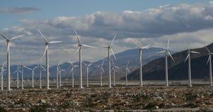 Mulini a vento nella distanza Fotografia Stock