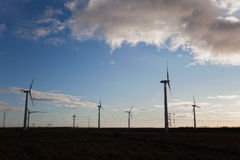 Mulini a vento nella palude danese Immagine Stock