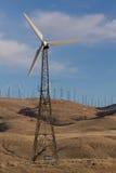 Mulini a vento sulle colline Fotografie Stock