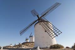 Mulini a vento tradizionali in Spagna Immagini Stock Libere da Diritti