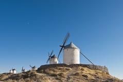 Mulini a vento tradizionali in Spagna Immagini Stock