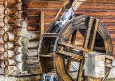 Mulino a acqua di legno rurale Fotografia Stock Libera da Diritti