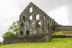 Mulino in disuso dell'ardesia di Pont y Pandy, Galles del nord, Regno Unito Fotografia Stock Libera da Diritti
