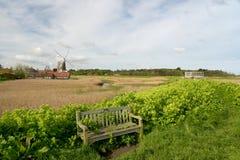 Mulino a vento al Cley-seguente--mare, Norfolk fotografia stock
