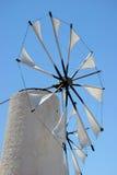 Mulino a vento in crete Immagini Stock