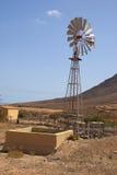 Mulino a vento dell'acqua, Fuerteventura fotografie stock