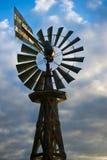 Mulino a vento dell'annata Fotografia Stock