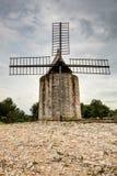 Mulino a vento di Daudet - Fontvieille - Alpilles - la Provenza - la Francia Immagine Stock