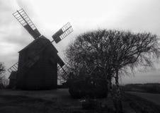 Mulino a vento di inverno fotografia stock