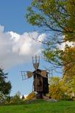 Mulino a vento di legno finlandese Immagini Stock Libere da Diritti