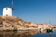 Mulino a vento e barche Fotografia Stock