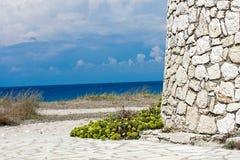 Mulino a vento e Mar Ionio di Leucade della girobussola fotografia stock