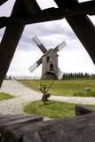Mulino a vento estone tradizionale immagini stock