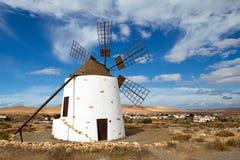Mulino a vento a Fuerteventura Fotografia Stock Libera da Diritti