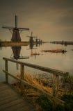Mulino a vento Kinderdijk in bianco e nero immagini stock libere da diritti