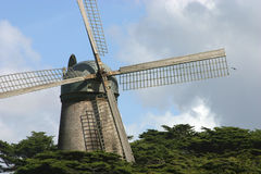 Mulino a vento olandese Immagine Stock