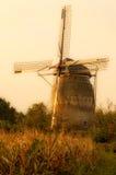 Mulino a vento olandese di seppia nei colori di autunno Immagini Stock Libere da Diritti