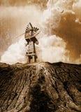 Mulino a vento ripartito annata Fotografia Stock Libera da Diritti