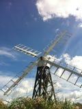 Mulino a vento sulla Norfolk Broads Fotografie Stock