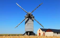 Mulino a vento tradizionale Fotografie Stock Libere da Diritti
