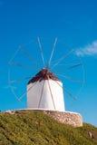 Mulino a vento tradizionale sull'isola di Mykonos Fotografia Stock