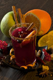Mulled вино и плодоовощи Стоковая Фотография