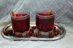 Mulled wine with cherries, cinnamon and star anise Royalty Free Stock Photos