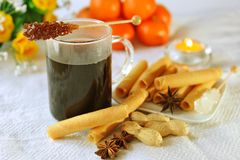 Mulled wine with cookies Royalty Free Stock Photography