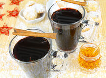 Mulled wine and cookies Royalty Free Stock Photos