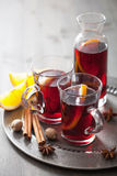 Mulled wine with orange and spice Royalty Free Stock Photography