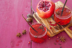 Mulled wine with winter spices Royalty Free Stock Images