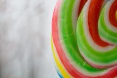 Multi покрашенное lollypop Стоковая Фотография
