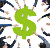 Multi этничность человека вручает концепцию знака валюты Стоковые Фото