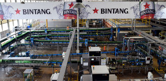 Multi Bintang Indonesia. Production room atmosphere in PT Multi Bintang Indonesia Tbk breweries and bottling facilities in Trawas, Mojokerto, East Java Stock Photos