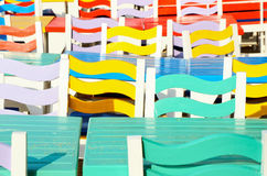 Multi cadeiras coloridas Fotografia de Stock
