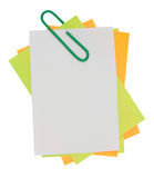 Multi color note with Green paper clip Royalty Free Stock Photos