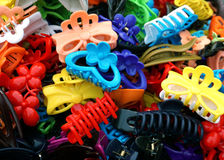 Multi-colored badkamershaarspelden Stock Foto