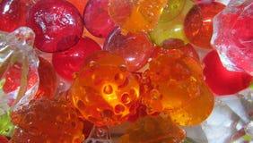 Multi-colored glas van diverse vormen en grootte Stock Afbeeldingen