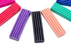 Multi-colored plasticine van kinderen Stock Fotografie
