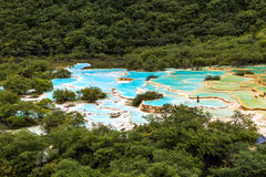 Multi Colored pond in Huanglong National Park, Sichuan, China Stock Photo