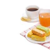 Multi-colored suikergoed, thee met citroen, abrikozensap Royalty-vrije Stock Afbeelding