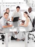 Multi equipe nova do negócio de Culutre Imagens de Stock Royalty Free