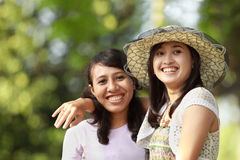 Multi ethnic friend smiling outdoor Royalty Free Stock Photography