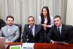 Multi etnisch commercieel team royalty-vrije stock afbeelding