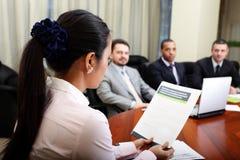 Multi etnisch commercieel team stock foto