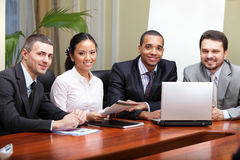 Multi etnisch commercieel team royalty-vrije stock afbeeldingen