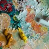Palette mit Farbenanschlägen Lizenzfreies Stockbild