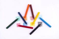 Multi gekleurde waskleurpotloden royalty-vrije stock afbeeldingen