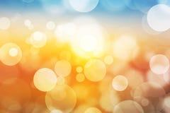 Multi luz bonita festiva do bokeh da cor, fundo defocused do borrão Fotos de Stock Royalty Free