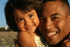 Multi-racial Vader & Dochter Royalty-vrije Stock Afbeeldingen